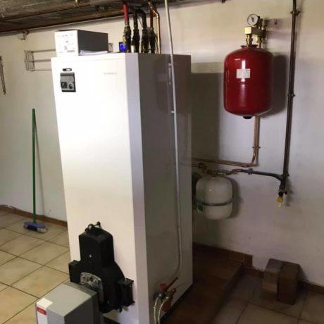 Remplacement d'une chaudière fioul avec gestion à l'aide d'une régulation d'un circuit radiateur et un circuit plancher chauffant à Rosenau.
