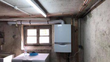 Remplacement d'une vieille chaudière à gaz cheminée par
